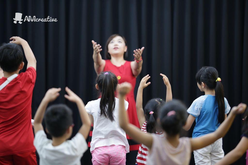 「歌、舞、劇」啟發孩子自信表達 AM創意邀請百老匯大師推出【夏日音樂劇歌舞營】 孩子變身歌舞劇小演員,專業大師級課程同步展開!